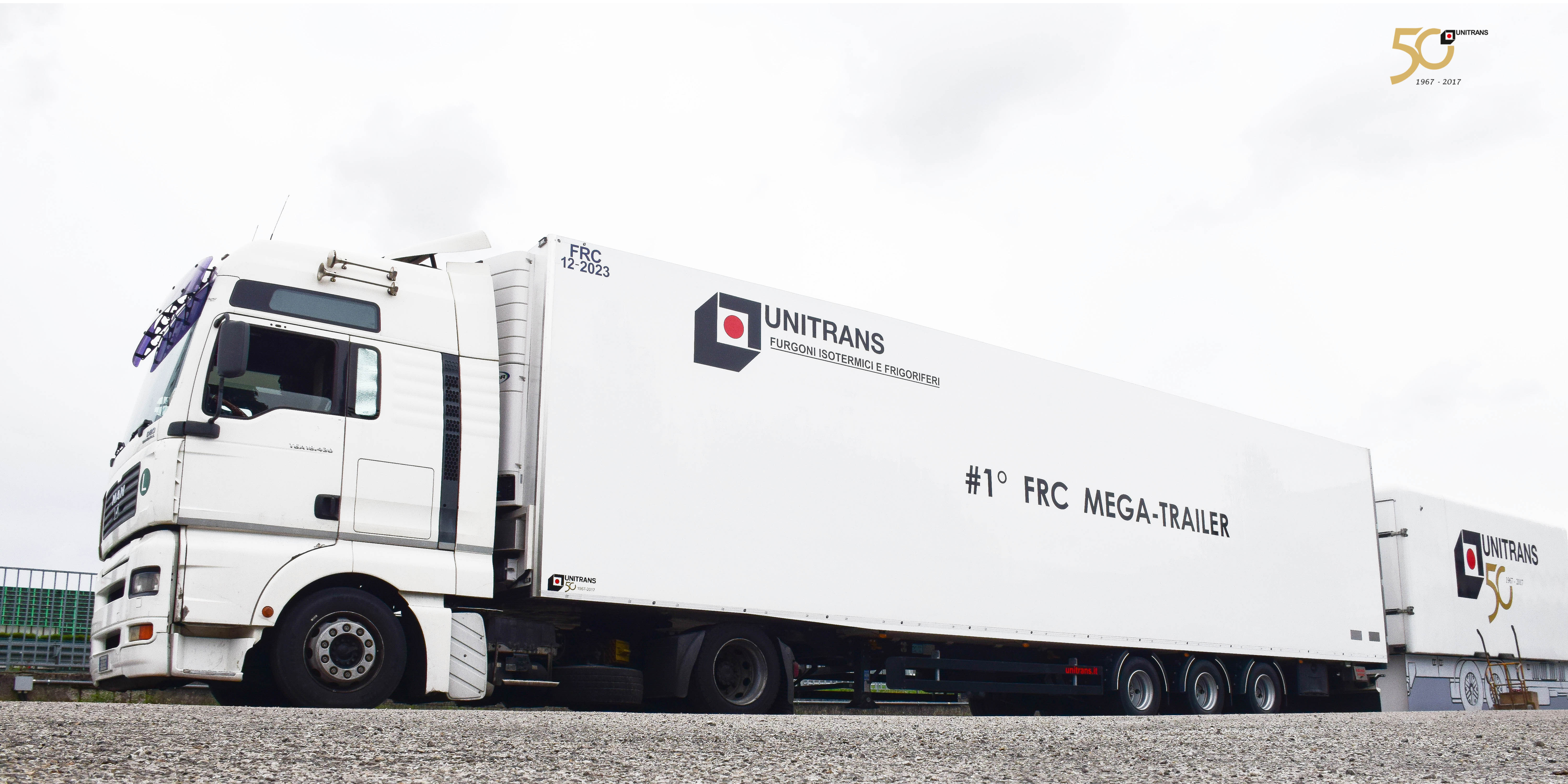 Unitrans Mega Trailer